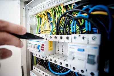 Elektroprüfungen-Sicherungskasten